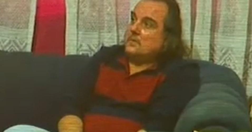 3.jun.2014 - O publicitário Eduardo Tadeu Martins conta aos policiais como matou o zelador Jezi Lopes de Sousa.