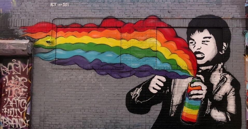Grafite feito pelos artistas Icy and Sot no 5 pointz, região de Nova York (Estados Unidos) conhecida por ser uma galeria de arte de rua a céu aberto