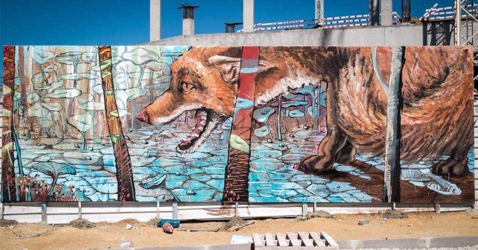"""Grafite intitulado """"Natureza Viva"""", feita pelos artistas Regg e Violand. A obra pode ser vista no centro comercial Alegro, em Setúbal (Portugal)"""