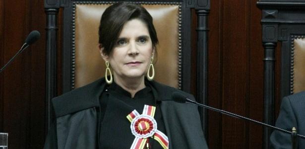 16.jun.2014 - A ministra Maria Elizabeth Guimarães Teixeira Rocha
