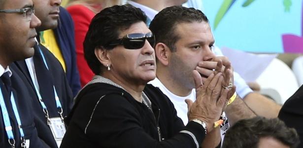 Diego Maradona assiste ao jogo Argentina-Irã pelo 1ª fase da Copa do Mundo, no estádio Mineirão