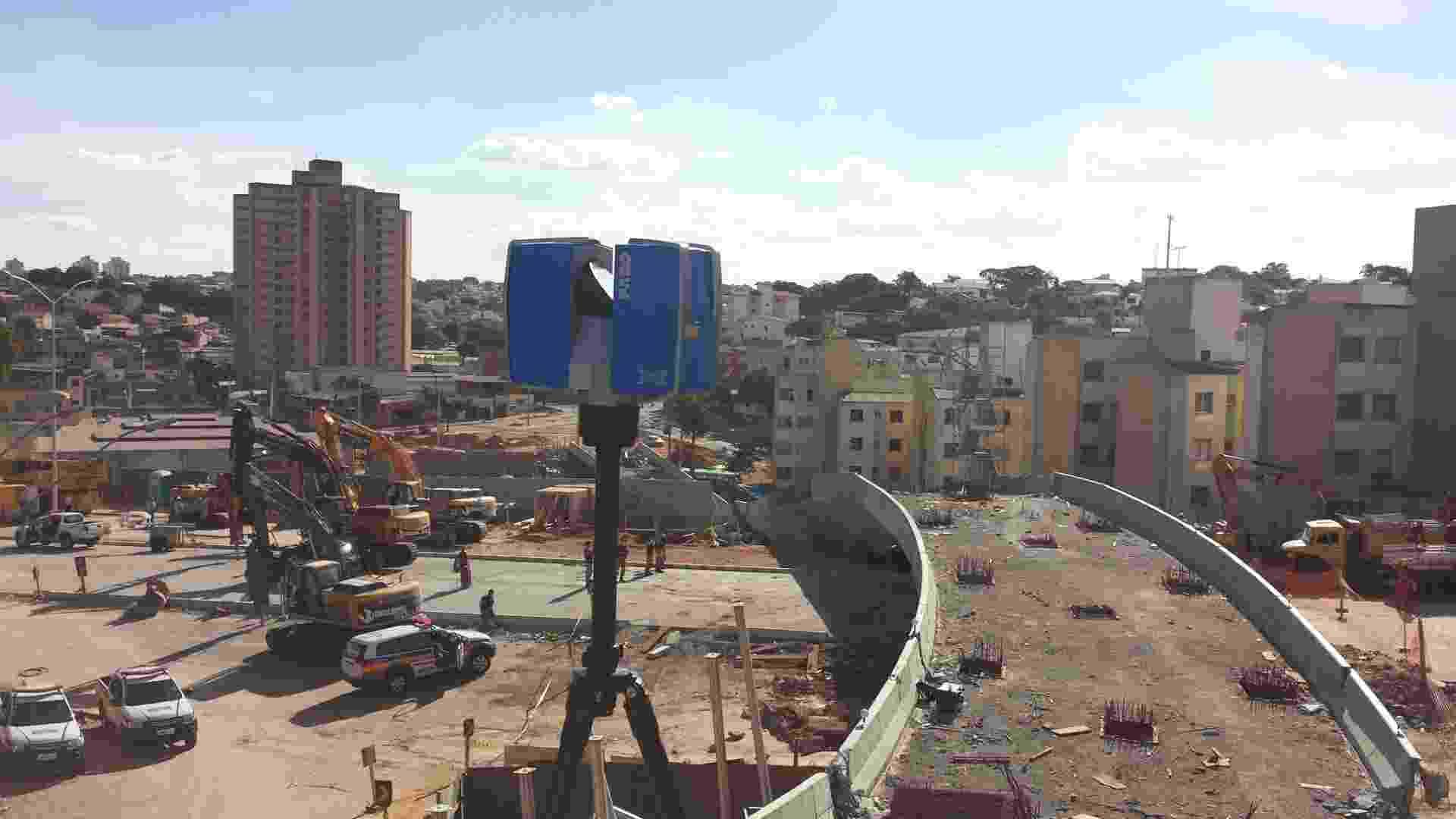 6.jul.2014 - Scanner 3D usado na perícia do viaduto que caiu em Belo Horizonte. As causas ainda estão sendo investigadas - Adriano Scheuer