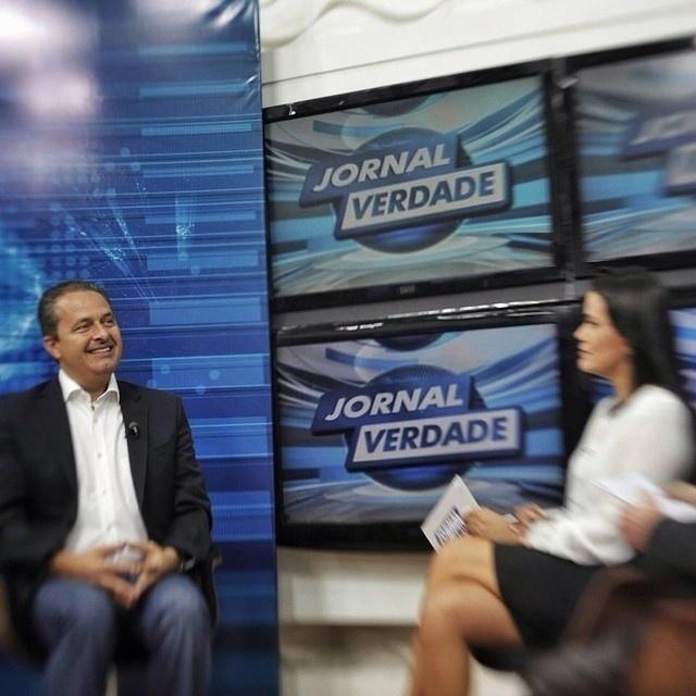 14.jul.2014 - O ex-governador de Pernambuco Eduardo Campos, candidato do PSB à Presidência, participou de entrevista exibida nesta segunda-feira (14) no programa Jornal Verdade, da Rede TV do Rio Grande do Norte