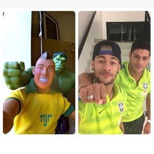 25.jun.2014 - Publicado durante a copa, este selfie foi considerado um destaque pelo próprio Facebook. Com mais de 2,5 milhões de curtidas e 70 mil compartilhamentos dias depois da publicação, foi considerado o post de jogadores com mais engajamento durante o Mundial
