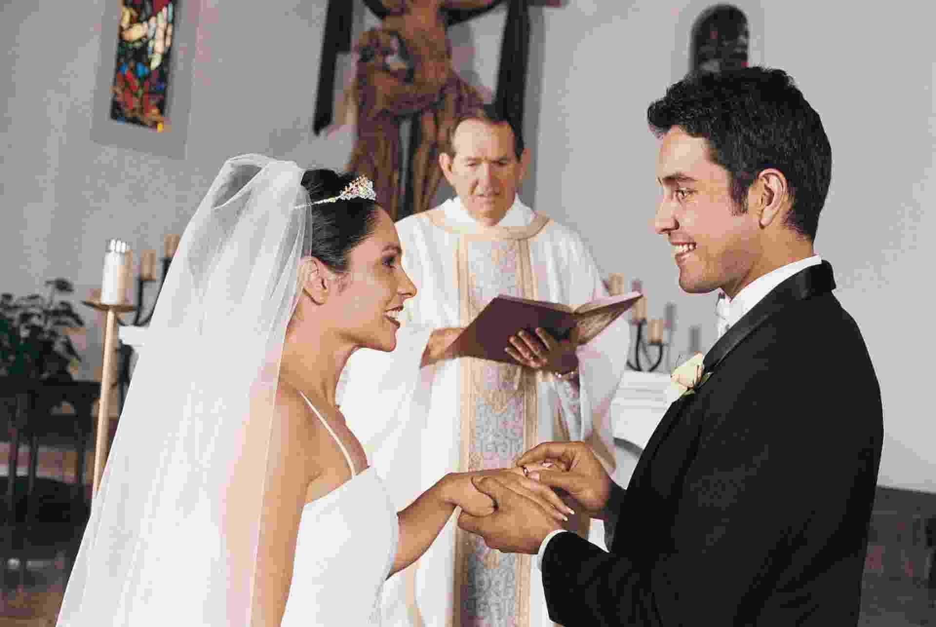 Casamento, cerimônia, matrimônio, noiva, noivo - Getty Images