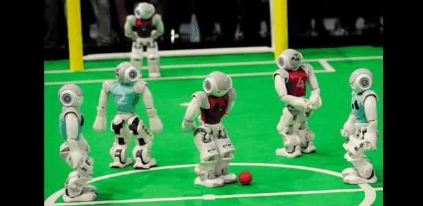 23.jul.2014 - A RoboCup 2014 reúne robôs para competirem em diversas categorias, como partidas de futebol - Divulgação