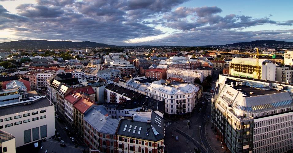 14.ago.2011 - Horizonte de Oslo, capital da Noruega