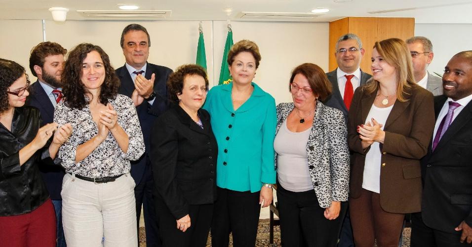 """25.jul.2014 - Emocionada, a presidente Dilma Rousseff comparou a tortura com um câncer e afirmou nesta sexta-feira (25) que o Brasil """"tem uma larga sistemática de tortura"""""""", anterior até mesmo à ditadura militar (1964- 1985)"""