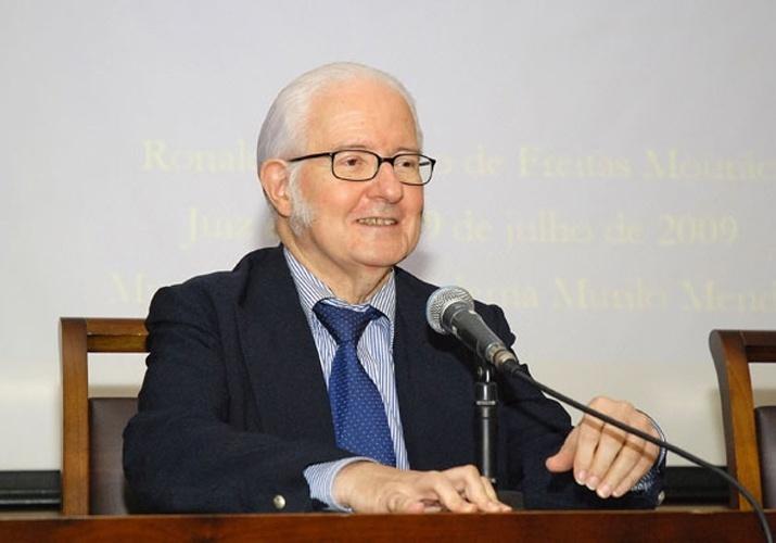 26.jul.2014 - Morreu, aos 79 anos, no Rio de Janeiro, o astrônomo Ronaldo Rogério de Freitas Mourão