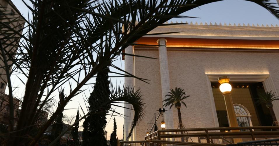 30.jul.2013 - Fachada do Templo de Salomão, ligado à Igreja Universal do Reino de Deus, construído na região central de São Paulo