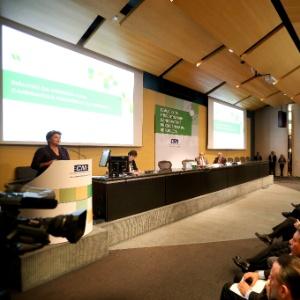 Dilma apresenta propostas na área econômica a empresários durante encontro promovido pela CNI
