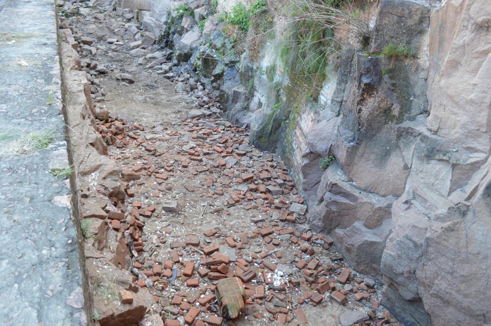 Prefeitura de Salto vai usar tirolesa para remover lixo do rio Tietê
