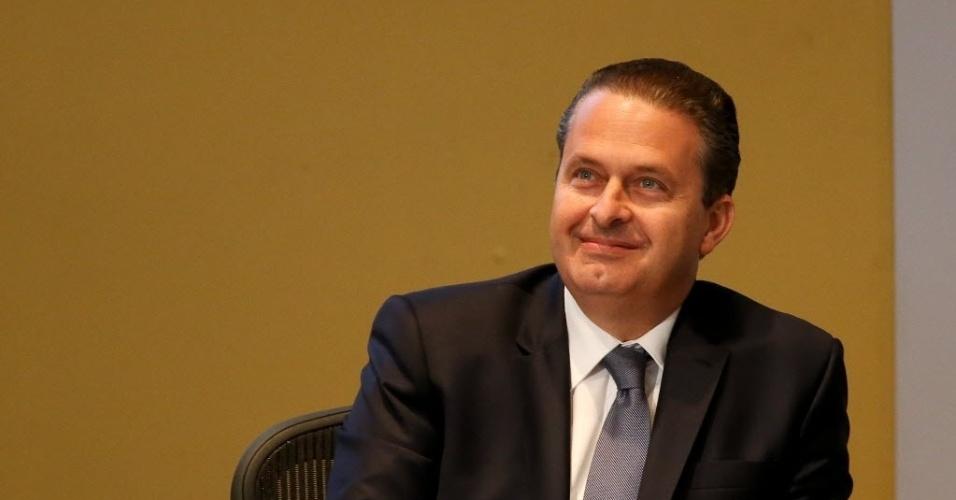30.jul.2014 - O candidato à Presidência da República Eduardo Campos (PSB) apresenta proposta de governo à empresários durante encontro promovido pela CNI( Confederação Nacional da Indústria )