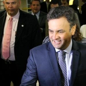 O candidato do PSDB à Presidência, Aécio Neves, durante sabatina na CNI