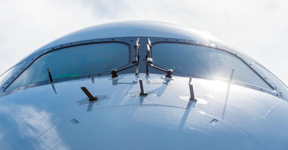 O A350 XWB, novo modelo da Airbus da categoria com 300 a 400 lugares, foi exposto na Farnborough Airshow, que foi realizada no início de julho de 2014, na cidade de mesmo nome na Inglaterra