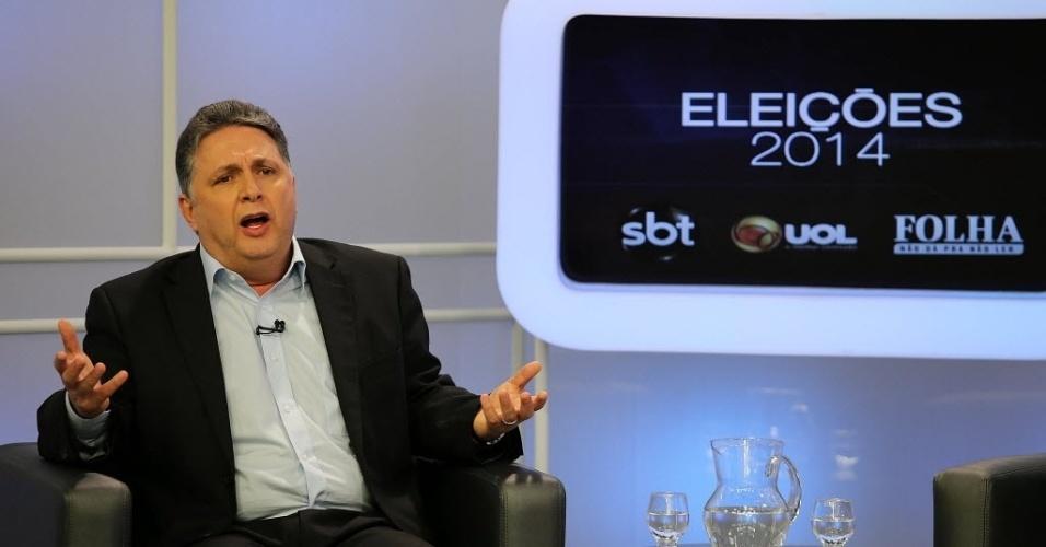 6.ago.2014 - O candidato do PR ao governo do Estado do Rio de Janeiro, Anthony Garotinho, é sabatinado pelo UOL, pela