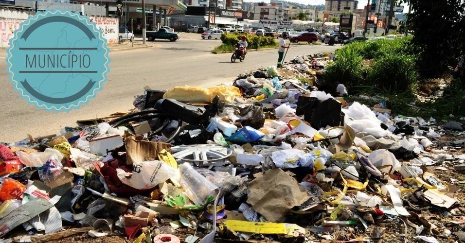 COLETA DE LIXO: Cabe aos municípios gerenciarem a coleta dos lixos, assim como o descarte dos resíduos sólidos, respeitando as exigências do Plano Nacional de Resíduos Sólidos --coordenado e elaborado pelo Ministério do Meio Ambiente