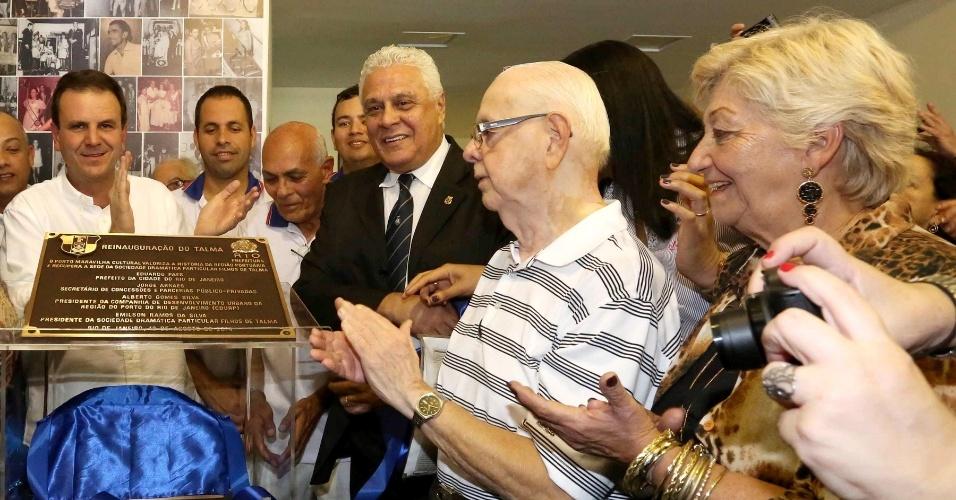 O presidente do Vasco e candidato a deputado estadual no Rio de Janeiro, Roberto Dinamite (PMDB), em inauguração na zona portuária da capital fluminense