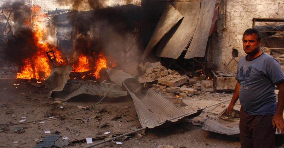 13.ago.2014 - Bombardeio de forças leias ao presidente sírio, Bashar al-Assad, deixa rastro de destruição em Aleppo