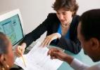 Quer contratar alguém para cuidar do seu dinheiro? Veja dicas e alertas - Thinkstock