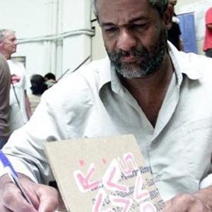Sebastião Nicomedes diz que sempre gostou de ler  - Arquivo pessoal