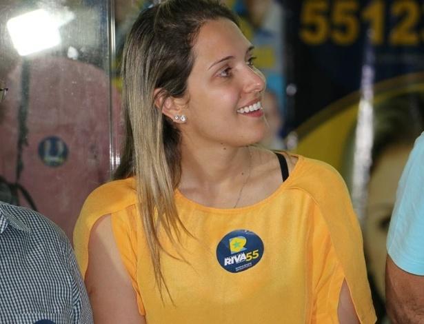 A candidata a deputada estadual Janaína Riva (PSD-MT), é filha do candidato a governador de Mato Grosso José Riva, que responde a mais de 100 processos na Justiça