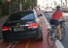 Deputado estaciona carro em ciclovia em São Paulo - Reprodução/Facebook