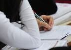Alunos trocam cursinho por aulas on-line para economizar tempo e dinheiro - Junior Lago/UOL