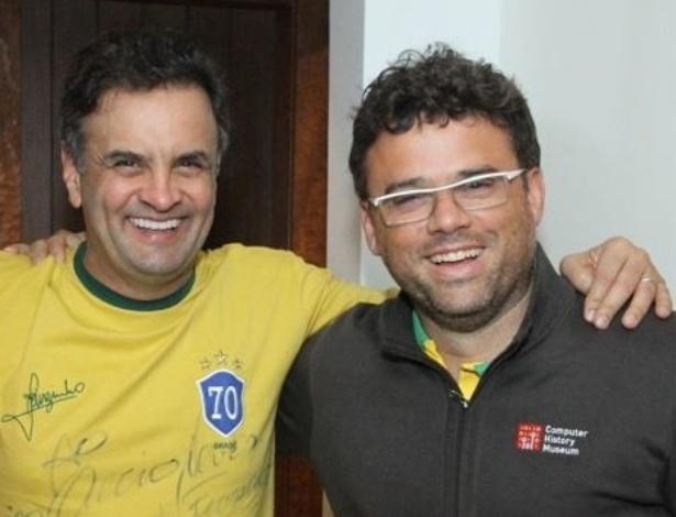 O presidenciável do PSDB, Aécio Neves, tem o apoio do músico Henrique Portugal, do grupo Skank