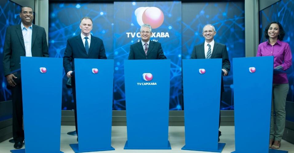 28.ago.2014 - Os quatro principais candidatos ao governo do Espírito Santo participam de debate promovido pela