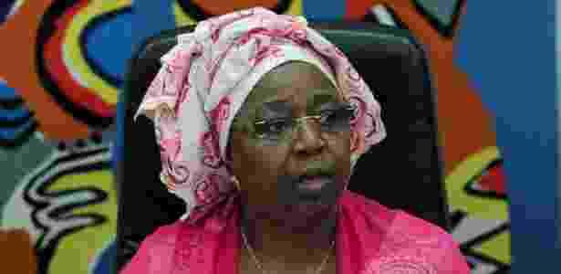 29.ago.2014 - A ministra da Saúde do Senegal, Awa Marie Coll-Seck, confirma o caso primeiro caso de ebola no país durante durante entrevista à imprensa em Dakar - AFP