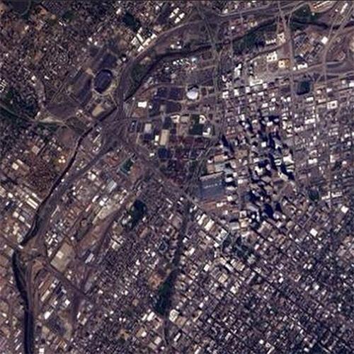 """1º.set.2014 - O astronauta Reid Wiseman compartilhou esta imagem aérea de Denver, no Colorado, feita nesta segunda-feira da ISS (Estação Espacial Internacional). Em operação desde novembro de 2000, a ISS consegue documentar características da Terra e proporciona uma excelente """"palco"""" para observar a área mais populosa do mundo"""