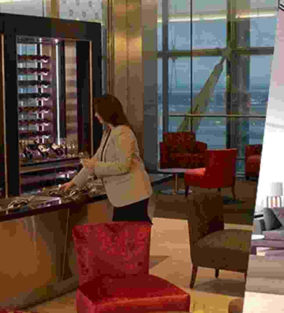 Chamada - salas vips de alguns aeroportos pelo mundo - Arte UOL