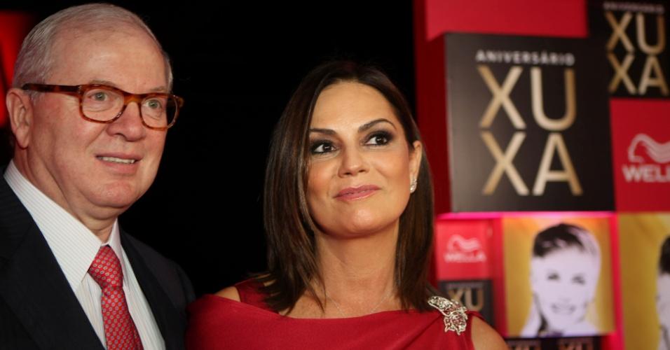 29-05-2013: o empresário Lirio Parisotto e sua namorada, a modelo Luiza Brunet, durante Aniversário de 50 anos de Xuxa Meneghel, que fez jantar beneficente para comemoração da data, em São Paulo (SP)