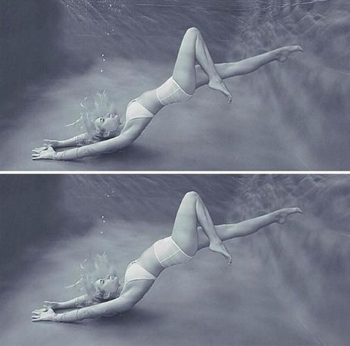 2.set.2014 - A modelo australiana Meaghan Kausman, 23, reclamou que a marca Fella Swim, de trajes de banho, a fez parecer muito mais magra editando uma imagem dela no Photoshop. No Instagram (http://instagram.com/meagsk), a modelo publicou a foto editada acima da original. ''Essa indústria é louca! Não é okay alterar o corpo de uma mulher [digitalmente] para que pareça magra.''