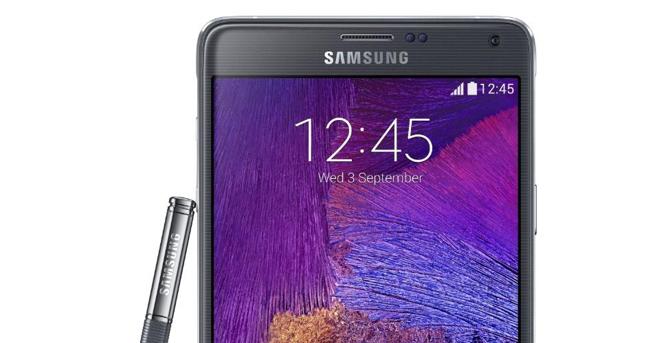 03.set.2014 - Lançamento do novo Galaxy Note 4, da Samsung. Aparelho chega ao mercado com tela Super Amoled, 5,7 polegadas, 176 gramas e 8,5 milímetros de espessura e processador 2.7GHz Qualcomm Snapdragon 805. As vendas vão começar a partir de outubro para alguns mercados. Nos Estados Unidos, o aparelho deverá custar US$ 300 mediante contrato com operadora. Sem contrato, o preço deve dobrar, chegando a US$ 600