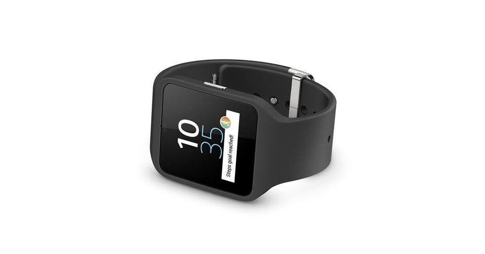 3.set.2014 - O Smartwatch 3, da Sony, tem processador quad-core de 1,2 GHz, tela de 1,6 polegadas e é à prova d'água e poeira. Ele pode armazenar até 4GB. Outros recursos são memória RAM  de 512MB, suporte a NFC , GPS e bateria de 420mAh (carregável por USB)