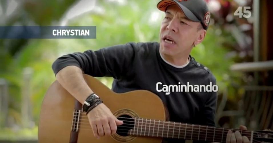 5.set.2014 - O cantor sertanejo Chrystian apareceu no programa eleitoral de Aécio na TV para apoiar o candidato tucano