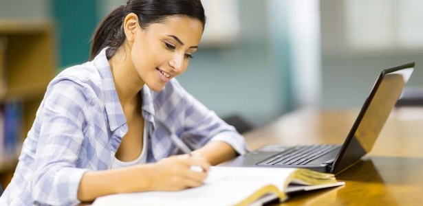 Ensino a distância não é a primeira opção de brasileiros, mas modalidade cresce - Shutterstock