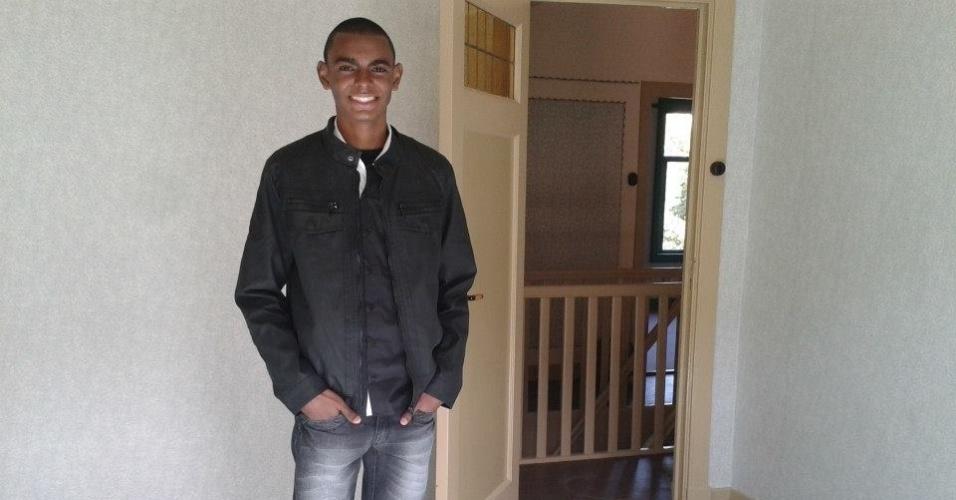 Willian Junio Moreira de Souza, 14, ganhou um concurso de redações com o texto 'Anne Frank e a atualidade' e viajou para a Holanda. Na casa de Anne Frank