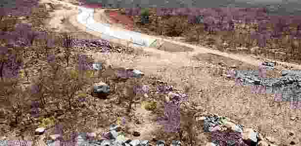 Canal da transposição do rio São Francisco inacabado em Floresta (PE) - Lalo de Almeida/Folhapress