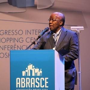 Joaquim Barbosa dá sua primeira palestra após deixar o Supremo - Reprodução/Facebook