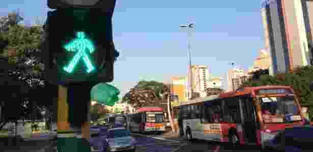 São Paulo tem poucos semáforos com aviso sonoro - Gabriela Fujita/UOL