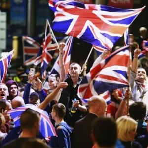 Ajudas sociais para os migrantes europeus estão entre os temas cruciais da campanha do referendo sobre a permanência do Reino Unido na UE