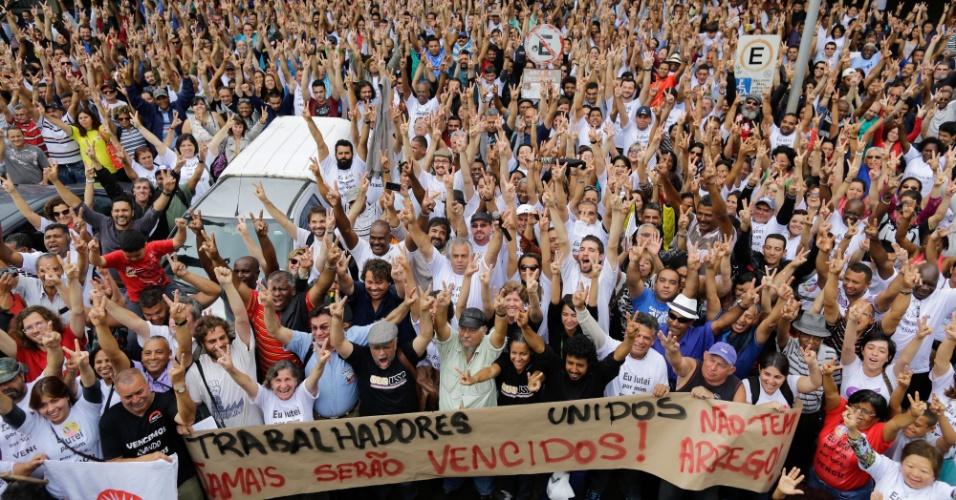 19.set.2014 - Funcionários da USP (Universidade de São Paulo) decidiram, em assembleia realizada na manhã desta sexta-feira (19), encerrar a greve. A paralisação durou 116 dias