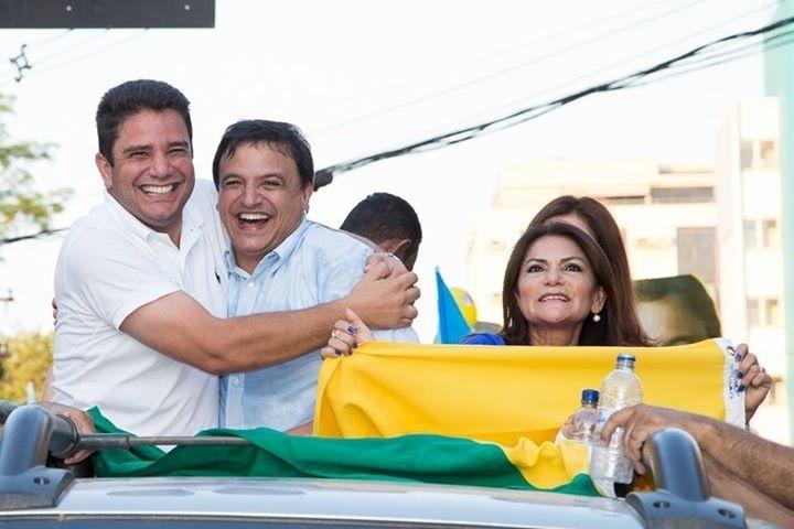 17.set.2014 - O candidato do PSDB ao governo do Acre, Márcio Bittar, participa do comício Caminhada da Mudança, em Rio Branco