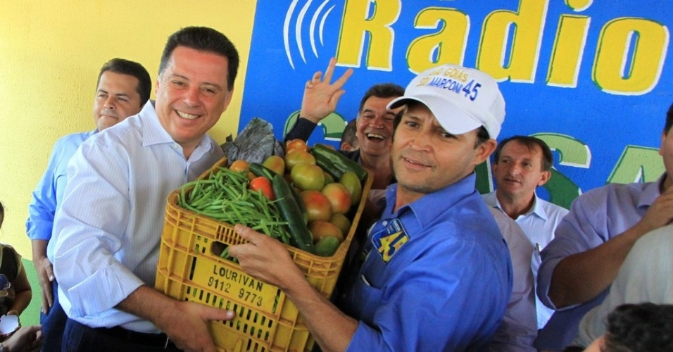 22.set.2014 - O governador de Goiás, Marconi Perillo (PSDB), candidato à reeleição, visitou o Ceasa de Goiânia nesta terça-feira