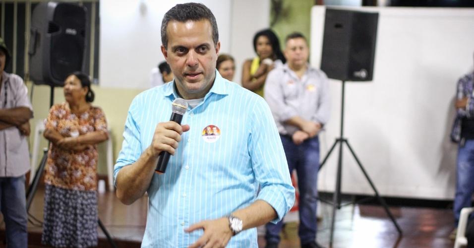 8.set.2014 - Candidato do PT ao Senado pelo Mato Grosso do Sul, Ricardo Ayache, participa de ato da campanha com lideranças na cidade de Dourados