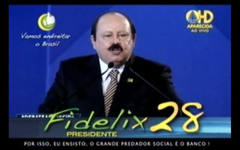 """Propaganda de Levy Fidelix (PRTB), candidato à Presidência, 23 de setembro: """"Por isso, eu 'ensisto', o grande predador social é o banco."""" Mais um erro nas propagandas do candidato do PRTB; o correto é 'insisto'"""