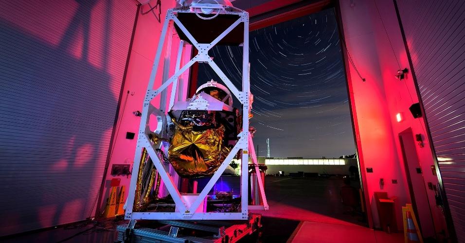 25.set.2014 - Um balão de alta altitude da missão Bopps (Plataforma de Observação por Balão da Ciência Planetária, em tradução livre, sigla em inglês) será lançado nesta quinta-feira (25) com o objetivo de estudar vários objetos do sistema solar, incluindo o cometa Oort. O balão ficará 24 horas no ar. Dentre os cometas visíveis durante o voo estão Pan-STARRS e Siding Spring, que devem passar perto de Marte no dia 19 de outubro